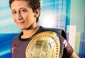 Em pouco mais de 3 anos como profissional, Virna já conquistou 3 cinturões em eventos diferentes (Foto: Márcio Filho/FE)